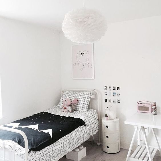 One of the many cool bedrooms at Chloe's home @chloeuberkid Each room is unique, fun and styled perfect for their age. Featuring in this room is the @paxandhart Sunday Love Birds Print available online at www.jellydoor.com.au #kidsroom #interiordesign #nurserydecor #print #childrensillustration #kidsinterior #kidsdecor #bedroom #interior #interiorstyling  #kidsroom #paxandhart #bedroomdecor #jellydoor #childrensinteriordesign