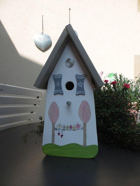 Nistkästen & Vogelhäuser - Wunderschönes Vogelhaus Nistkasten für Ihren…
