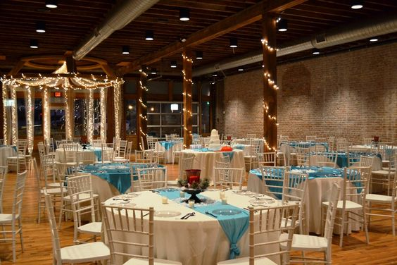 Beautiful winter themed wedding on New Year's Eve