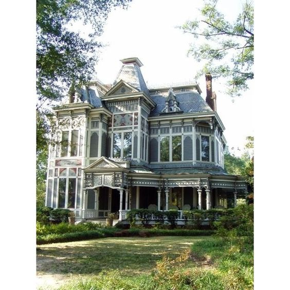 Between Naps on the Porch Tour a Beautiful Historic Victorian Home in... ❤ liked on Polyvore