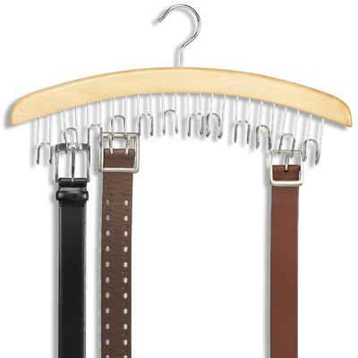 El campeón del cambio: la percha de los cinturones.   53 trucos para organizar la ropa que te van a cambiar la vida de verdad