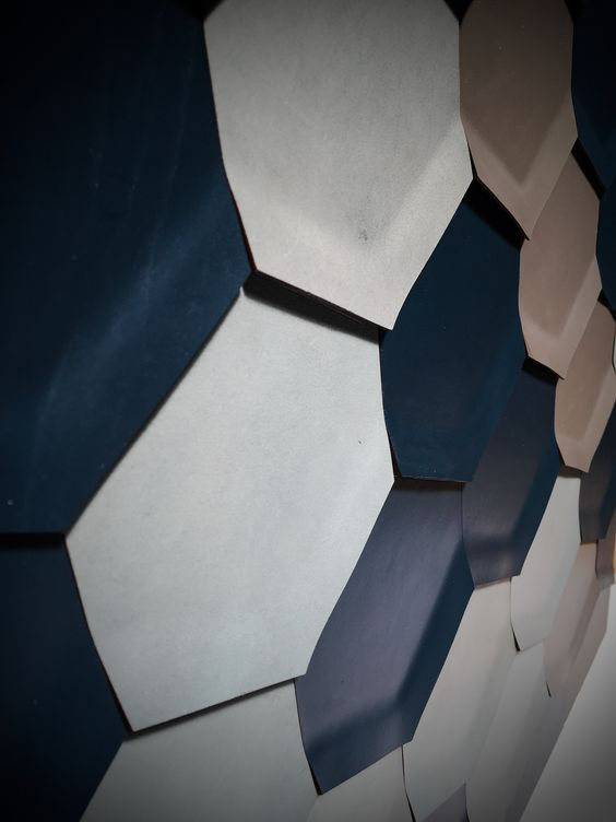 Harcourt : Hexagonal leather wall tiles