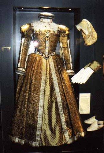 une robe de Mary Stuart