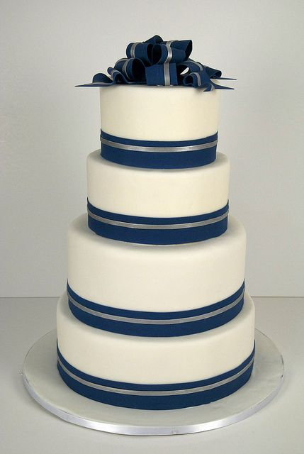 Like the clean lines. Combination of blue and silver ribbons works well.