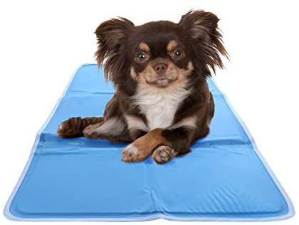 Amazon Com Chillz Cooling Mat For Dogs Medium Pressure Activated Gel Dog Cooling Mat No Need To Freeze Or