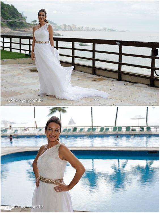Noiva: Carolina Barbieri/Foto: Rogério Von Kruger /Cerimônia: Igreja Santa Cruz dos Militares/Festa: Cais do Oriente/Data: 15/12/2012