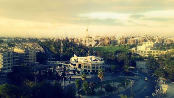 Del av min stad Aleppo som jag alltid se det från min sjukhus. Part of my city Aleppo as I always saw it from my hospital.