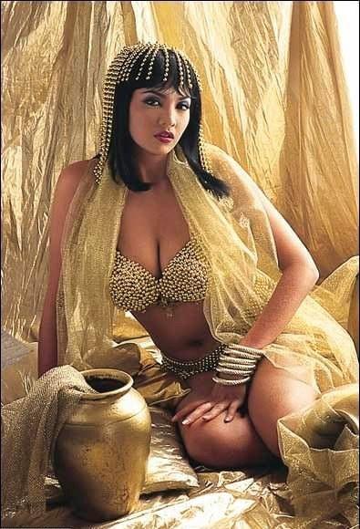 images of karen mcdougal nude