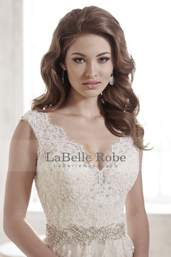 2016 Robes de mariée col en V ouvert Retour Tulle perles Applique avec et trains tribunal