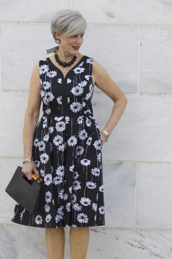 #fashionover50womentop10outfit