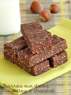oct 17  Barres aux dattes, noisettes & chocolat