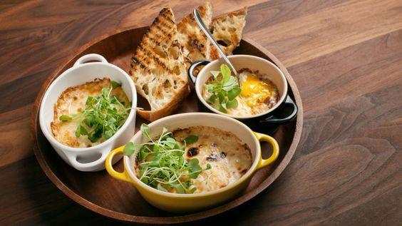 Cassolettes d'œuf au jambon et à la crème