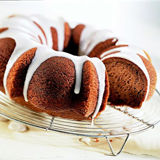 Spiced rum cake recipe fall cakes spice cake mix and for Mix spiced rum with