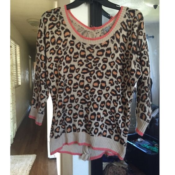 Cheetah Sweater Top Used. Good condition Charlotte Russe Tops
