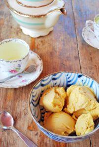 Este helado de mango tiene solo 3 ingredientes y el resultado es espectacular.