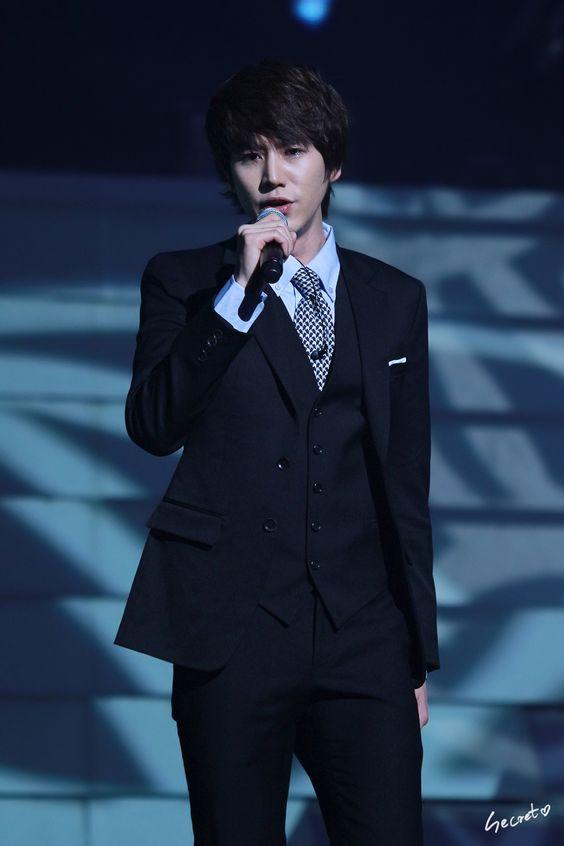Kyuhyun looking as handsome as always