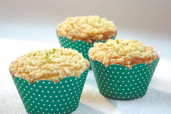 Cupcake de Limão com Farofa Doce