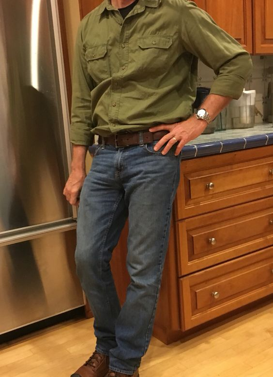 Men's causal Fashion. Adventure shirt. Basic leather belt. Great fitting jeans. And of course, a watch. :)