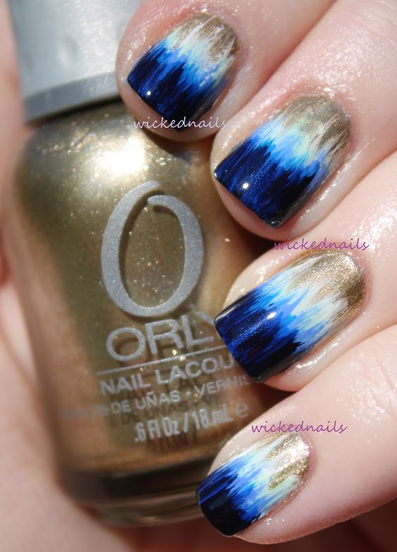 Gold and blue gradient nails
