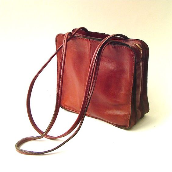 Boxy vintage Little Russet Brown Leather Purse