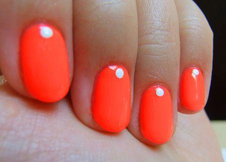 Neon dot mani.