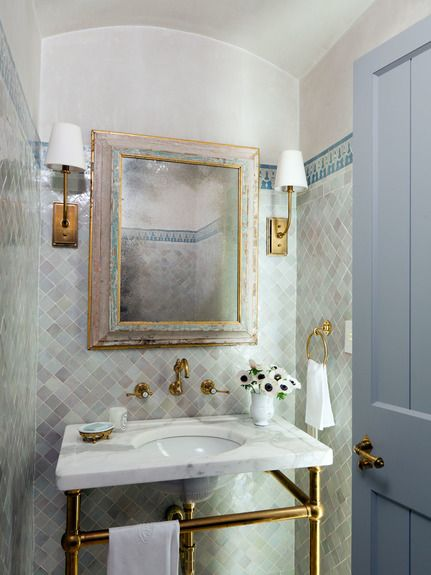 Moroccan bathroom design portfolios and white marble on for Elle bathroom designs