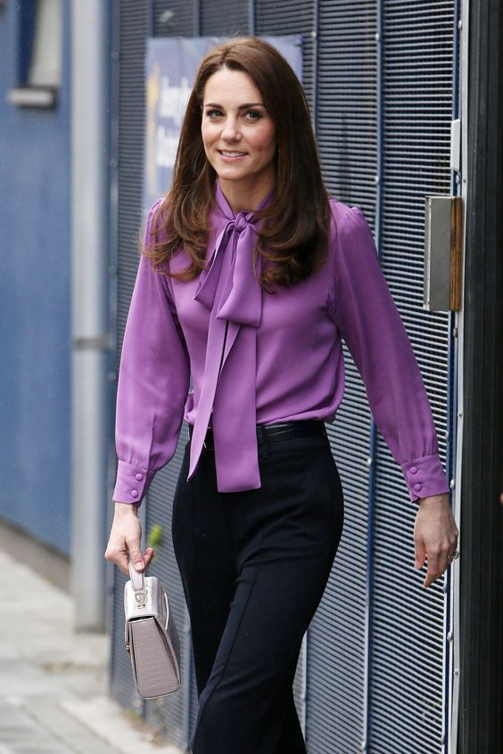 Kate Middleton Steps Out in Gucci Bow Blouse in London | PEOPLE.com