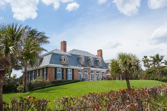 French-style oceanfront offers finely-detailed architecture - w/photos