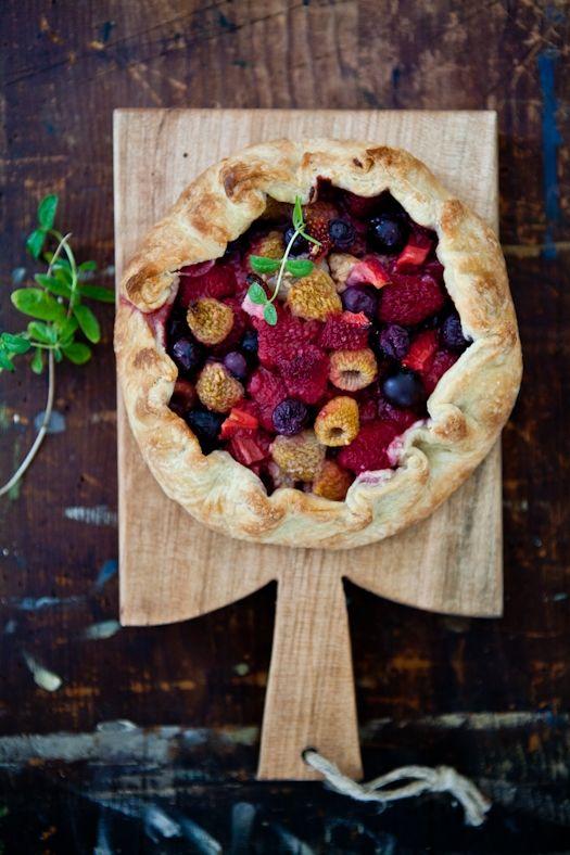 berry tart  (vía Tartelette)