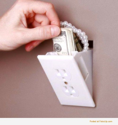 12 Most Creative Wall Outlets and Covers - wall outlet, creative outlet    Stuffing, Gadget and House