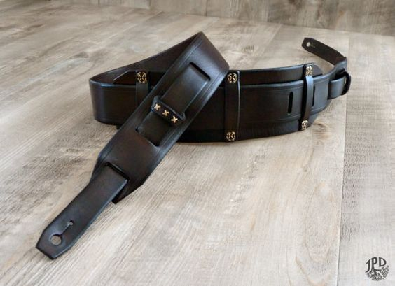 Etsy の Custom Leather Guitar Strap Rustic Guitar Strap by JPDco