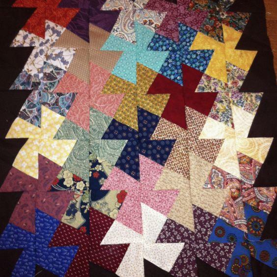 Free Twisted Pinwheel Quilt Pattern : Pinwheel quilt pattern, Pinwheel quilt and Quilt patterns on Pinterest