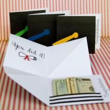 Free Printable Cards for the Graduate: Printable Graduation Cap Folding Card from Capturing Joy