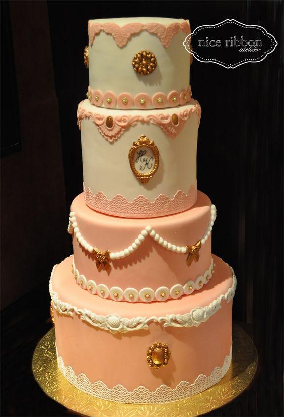 Vintage Wedding Cake 4 tiers