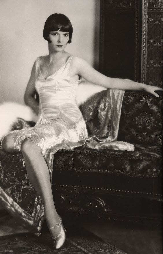 Jazz Age Louise Brooks in flapper dress : I love this woman! She's so modishly contemporary...