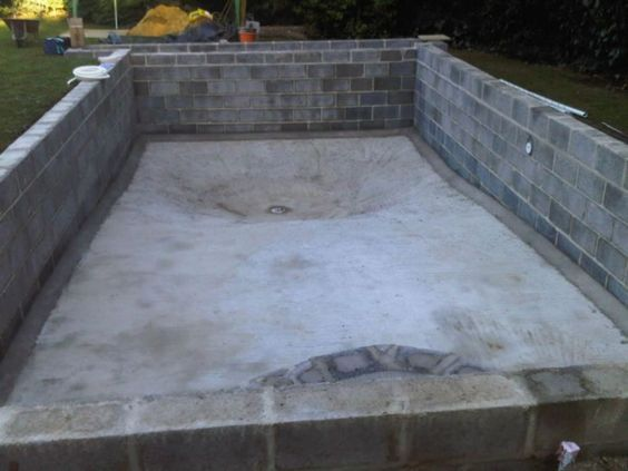 Home design and pools on pinterest for Concrete block swimming pool plans