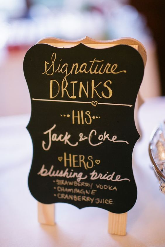 Coctail hour; Signature drinks; His + Hers Cocktails; Bride and Groom cocktail signage; Gold wedding reception {Photo Credit: Sincerely, Liz Photography}: