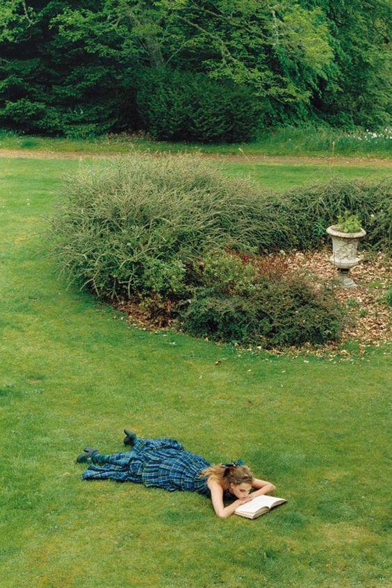 Vogue Reading List: Best Thrillers For Spring | British Vogue