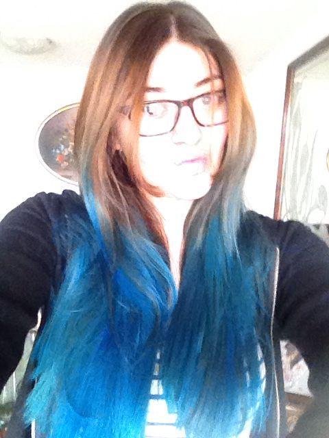 Mi cabello azul!!!! ❤️❤️