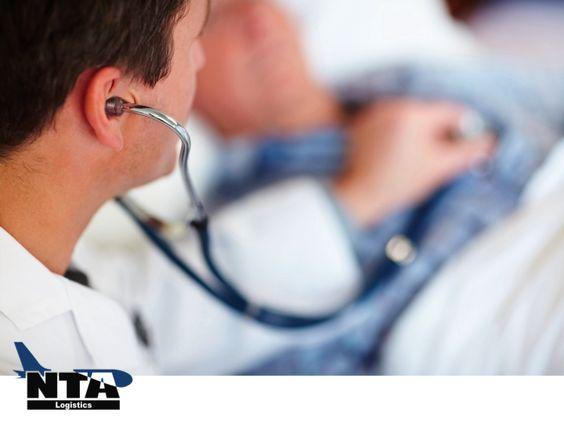 La logística farmacéutica exige una mayor supervisión, gestión y control de las condiciones ambientales en toda la cadena de suministro. TRANSPORTE LOGÍSTICO DE MEDICAMENTOS. Desde el fabricante hasta el consumidor, se debe cuidad la temperatura de los medicamentos, porque la salud de los pacientes está de por medio. En NTA LOGISTICS, tenemos la infraestructura adecuada, para garantizar la integridad de sus productos. #NTALogistics www.ntalogistics.net