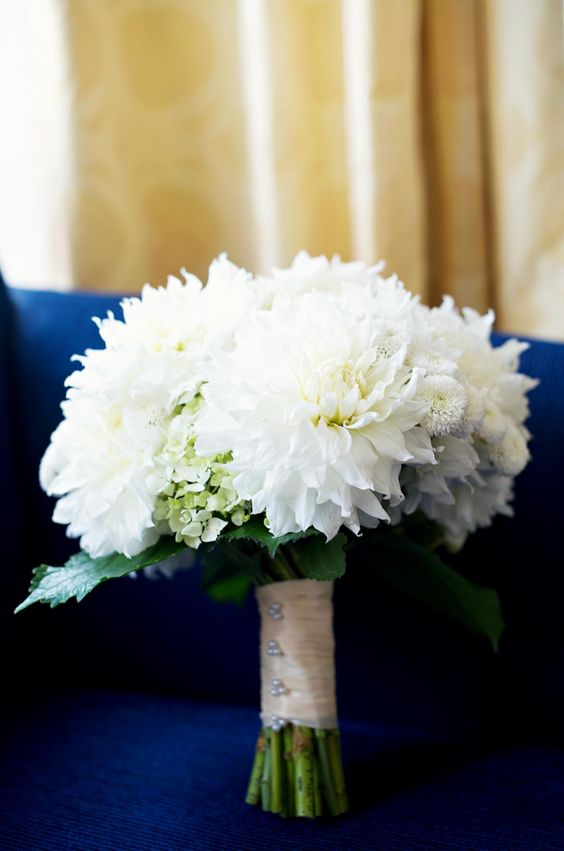 white dahlia bouquet with limelight hydrangea