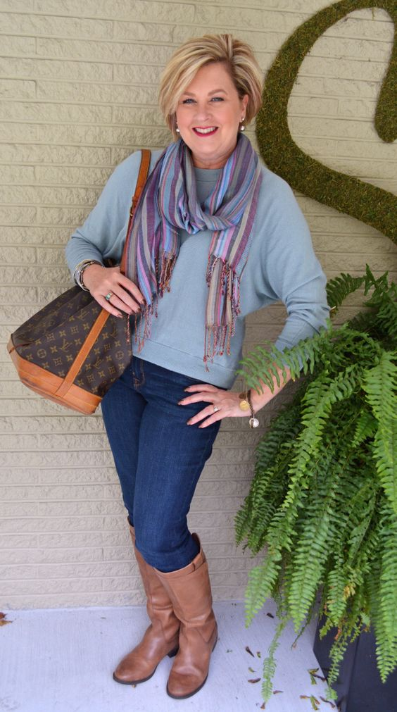 Weekend Casual Outfit Work For Women And Bags
