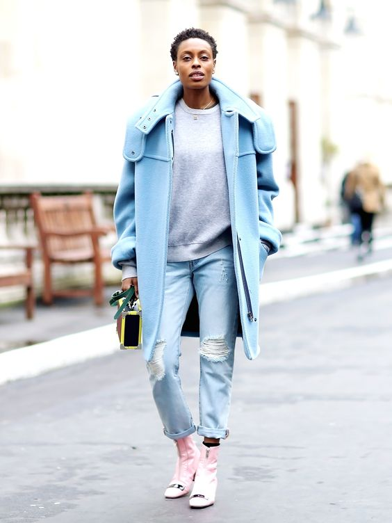 We spotted Donna Wallace from @ellemag wearing the new #Levis501CTjeans at #LFW and think she looks fab. Buys yours at levi.com/501CT