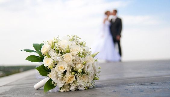 St Maartens beckons you and your partner to have a wonderful wedding in blissful surroundings.
