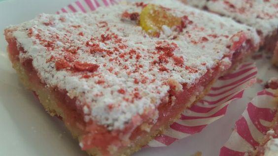 Pink lemon square