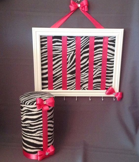 Zebra headband stand and bow holder by MyGirlsAccessories on Etsy, $50.00 MAKE IT