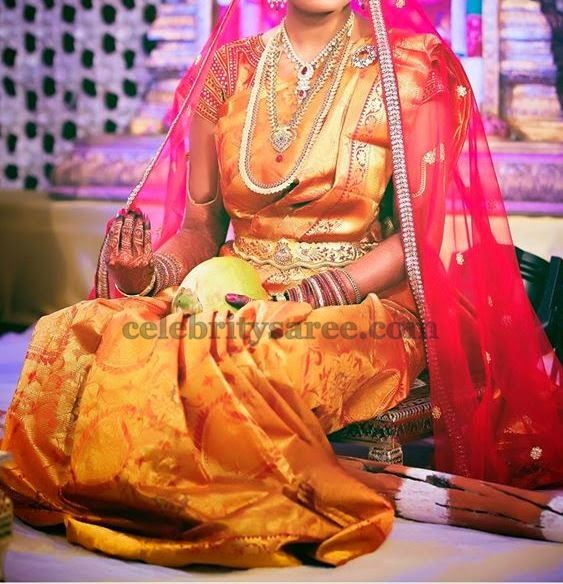Bride in Gold Shaded Saree | Saree Blouse Patterns