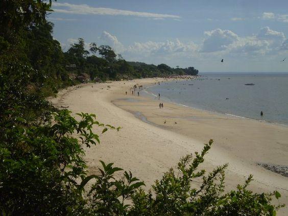 Vai-quem-quer Beach - Island Cotijuba - Belém - Brazil