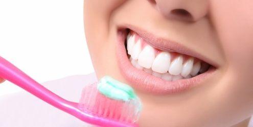 Sorriso saudável e hálito puro é o resultado de uma ótima higiene bucal. Saiba que com uma higiene bucal adequada os seus dentes ficam limpos e livres de resíduos de alimento