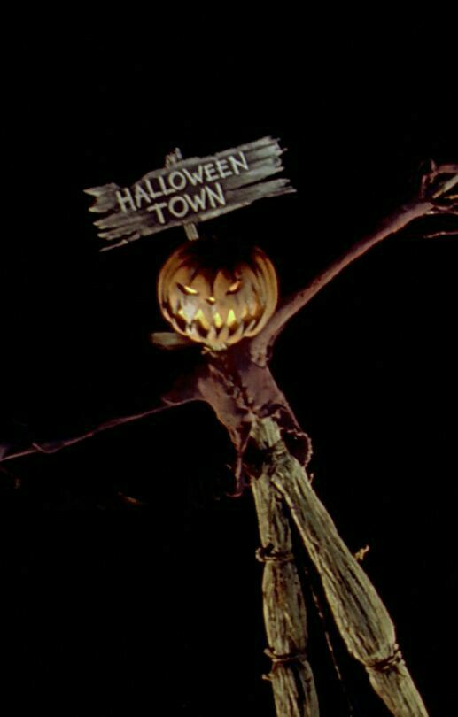 Pin By Mel Contreras On The Nightmare Before Christmas Nightmare Before Christmas Wallpaper Nightmare Before Christmas Halloween Town